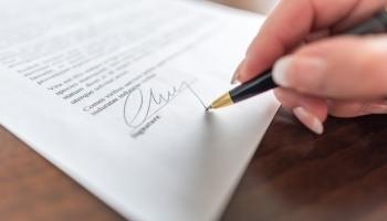 Какво следва след подписване на договора за безвъзмездно финансиране?